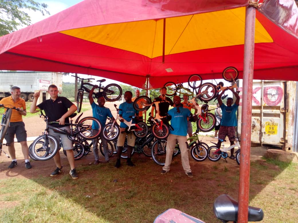 Tjeko 12gobiking fietsen bike sponsor uganda bikes4africa