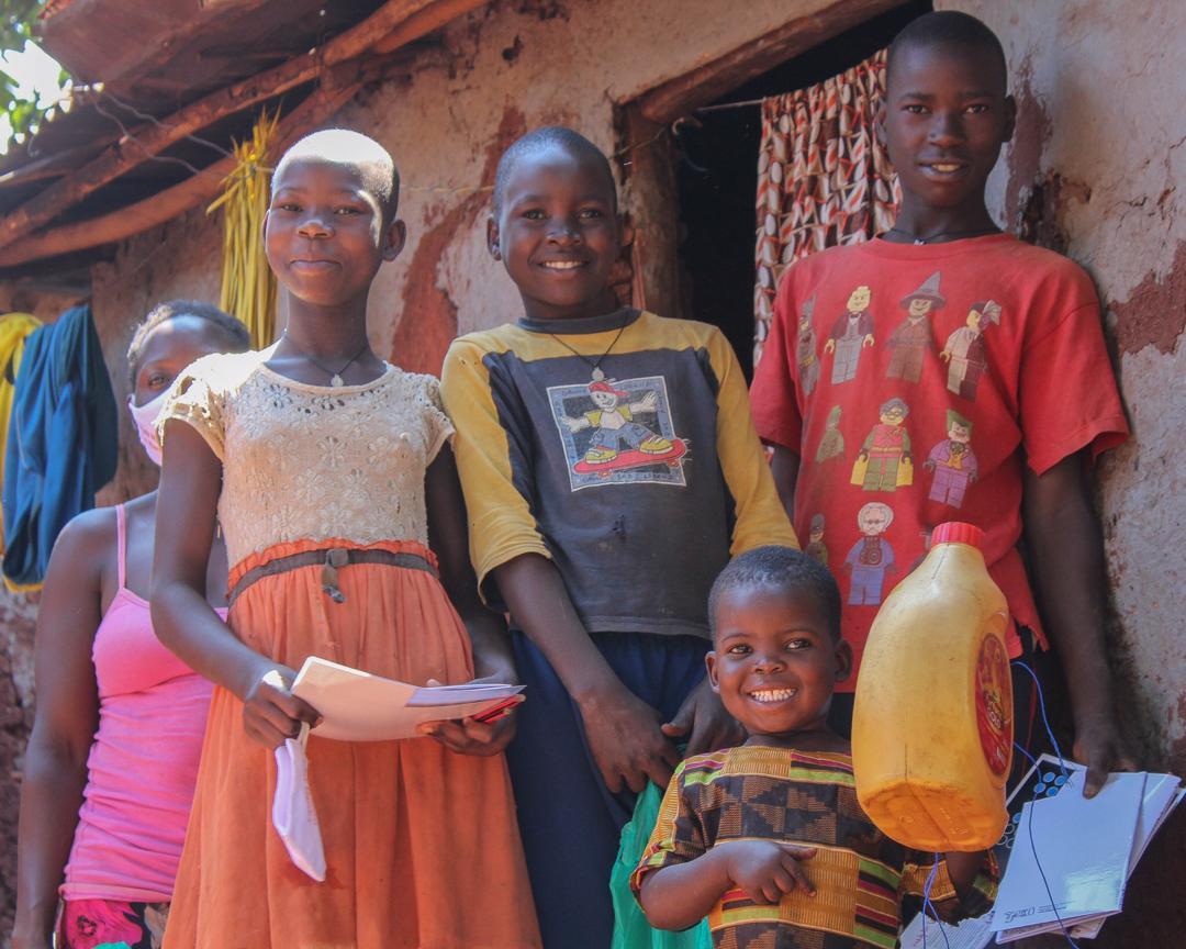 Tjeko covid19 actie uganda steun een gezin oeganda kind