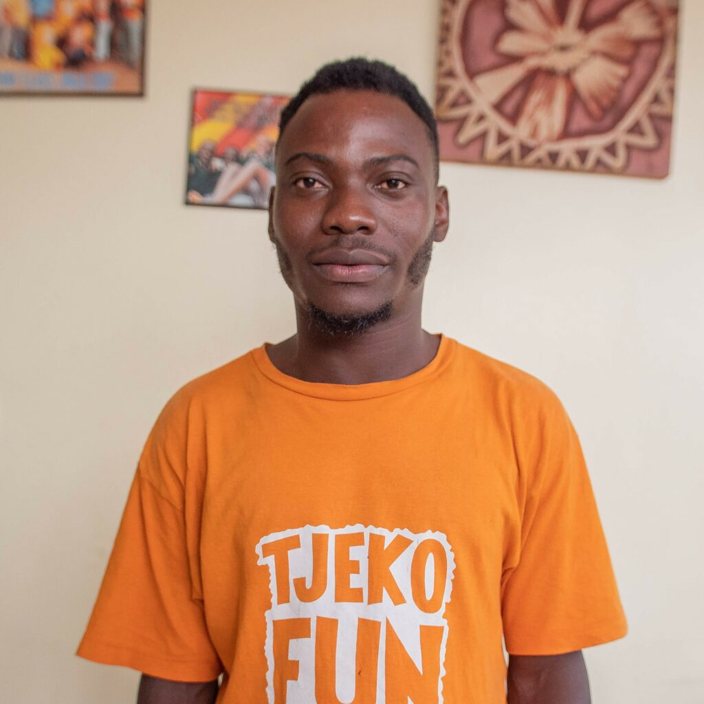 Tjeko Ibrahim opslag en fun services manager Uganda Jinja_1