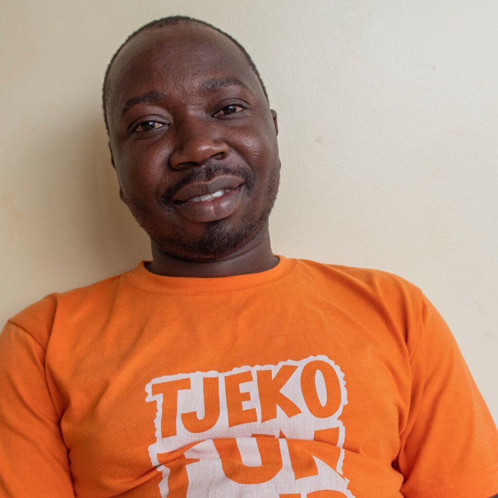 Tjeko Isaac financiën en accountant Uganda Jinja_1
